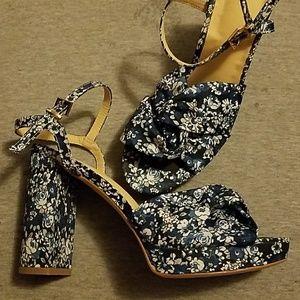 NY & Co - Floral Platform Sandal